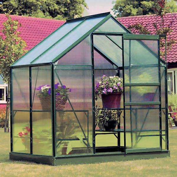 Petite serre de jardin en verre