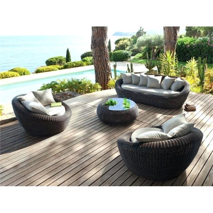 Salon de jardin veranda